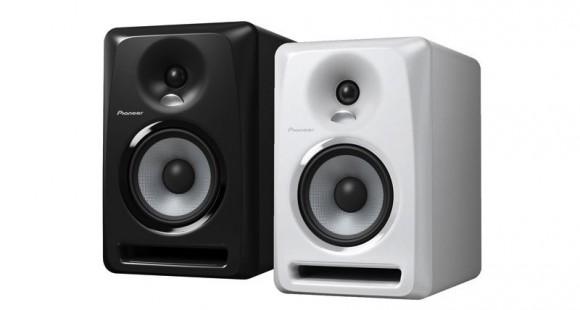 Afla daca monitoarele active Pioneer S-DJ50X sunt potrivite pentru tine