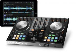 Cum sa alegi echipamentul de DJ potrivit pentru tine