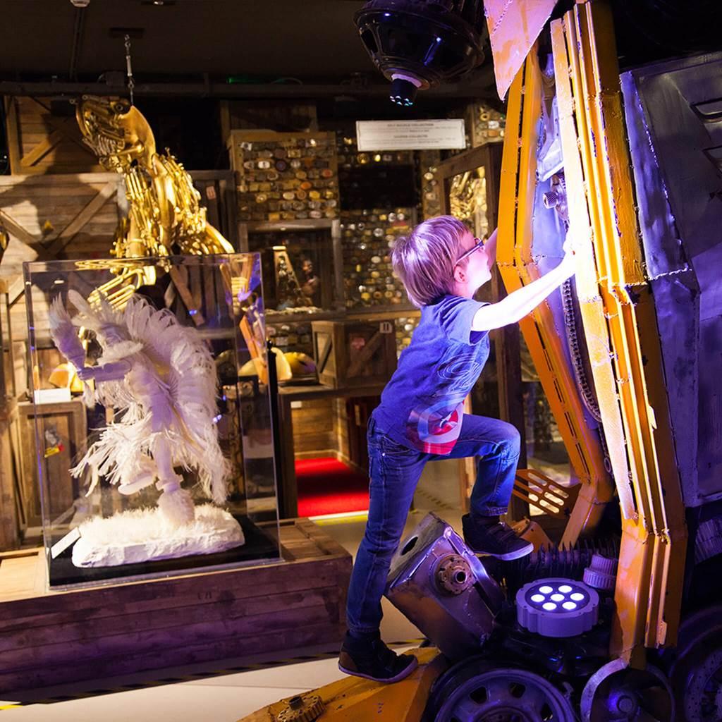 Unul dintre cele mai originale muzee din lume alege sonorizarea Audac