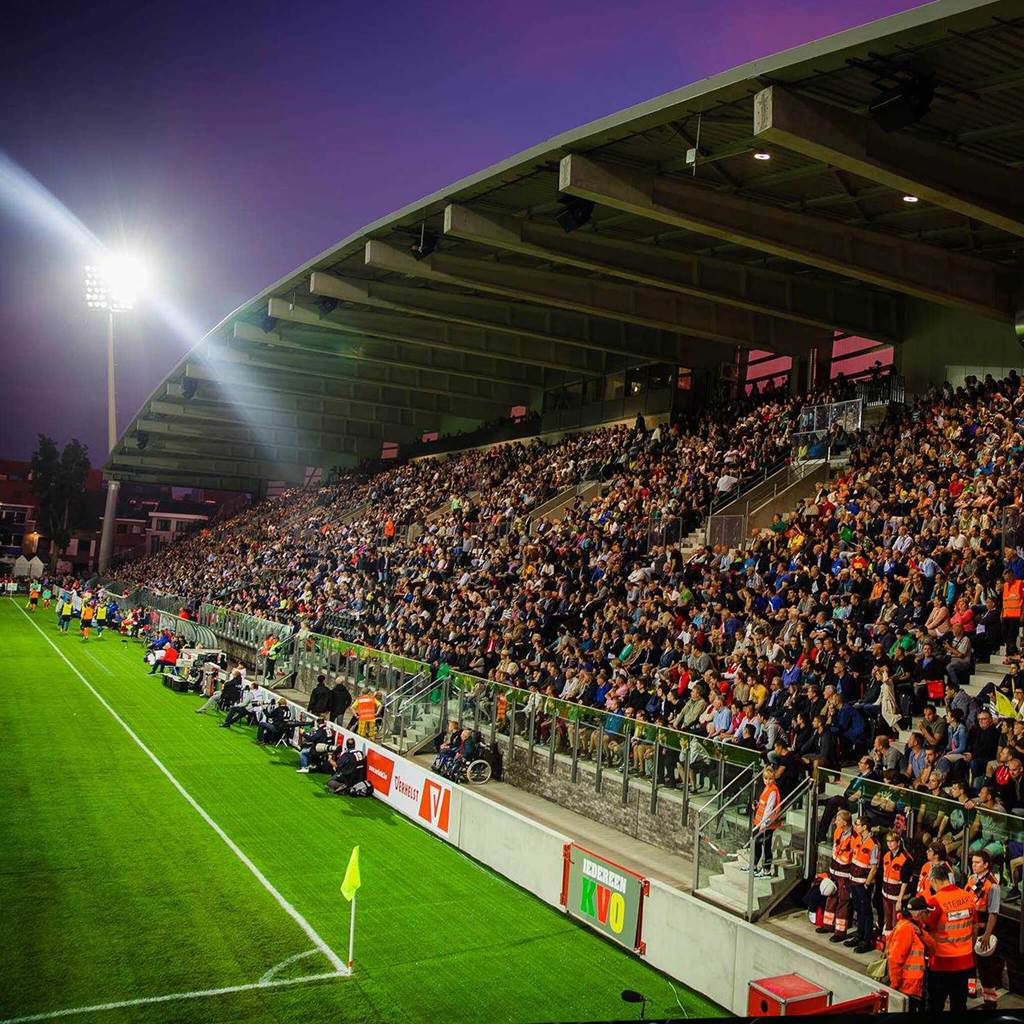 Versylus Arena din Belgia sonorizat integral cu echipamente Audac