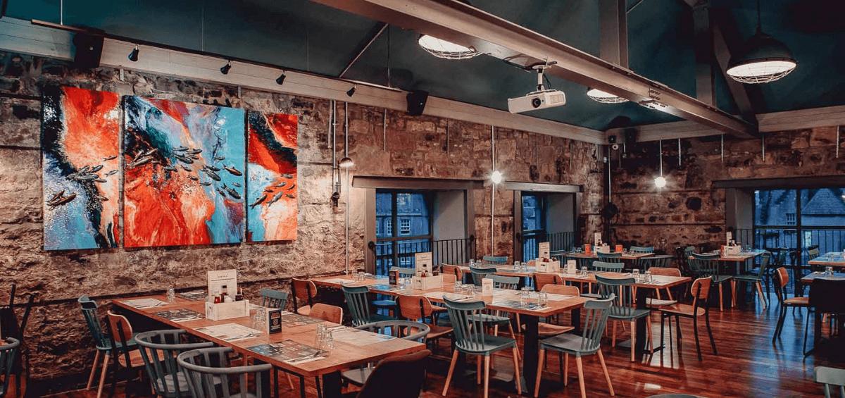 Restaurantul Bertie's din Edinburgh, sonorizat integral cu sistemele Audac