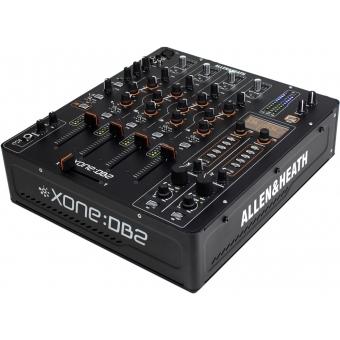 Mixer Allen & Heath Xone:DB2