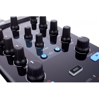 Native Instruments Traktor Kontrol Z1 #4