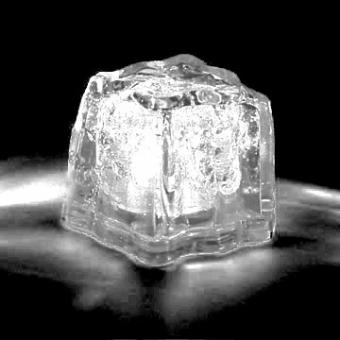 LED Ice cube - white