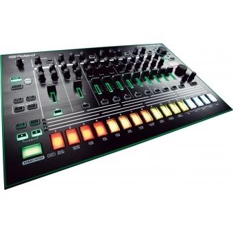 Roland TR-8 Rhythm Performer + CADOU U9445 COURIER BAG DELUXE ARMY DESERT #3