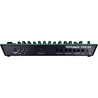 Roland TR-8 Rhythm Performer + CADOU U9445 COURIER BAG DELUXE ARMY DESERT #5