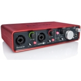 Interfata audio Focusrite Scarlett 2i4