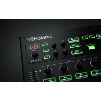 Consola DJ Roland DJ-808 +CADOU U8304 UDG CREATOR CONTROLLER HARDCASE 2XL BLACK #8