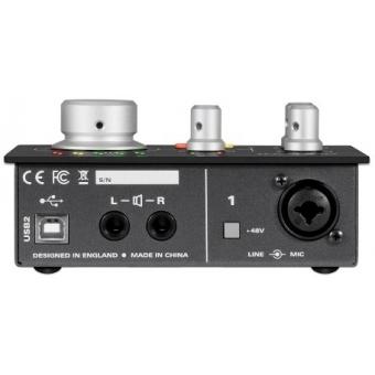 Audio-Technica AT2035 Studio Kit #9