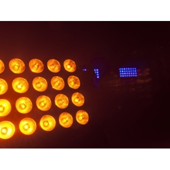 EUROLITE Stage Panel 32 HCL LED #11