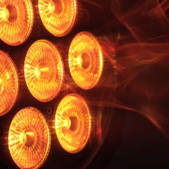 Cameo FLAT PRO 7 7 x 10 W FLAT LED RGBWA PAR light in black housing #5