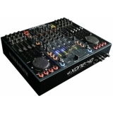 Mixer Allen & Heath Xone:4D